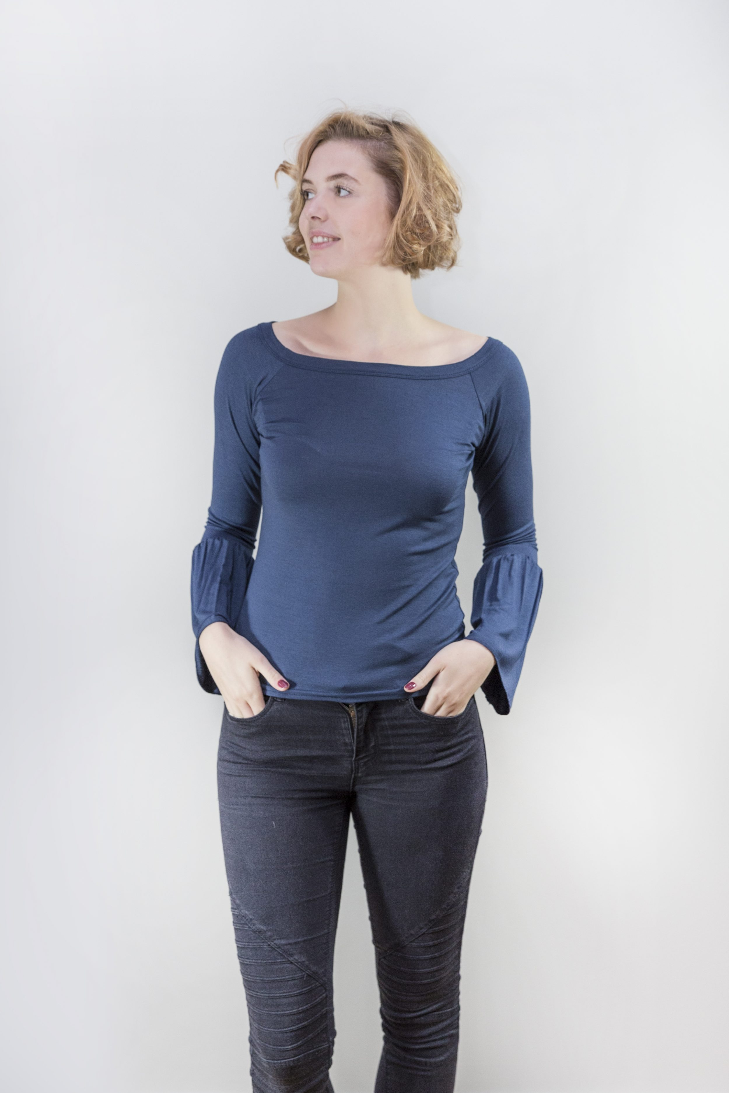 Suzy D Fluted Sleeve Top